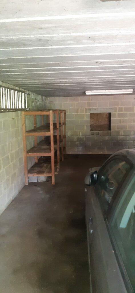 Garage vidé